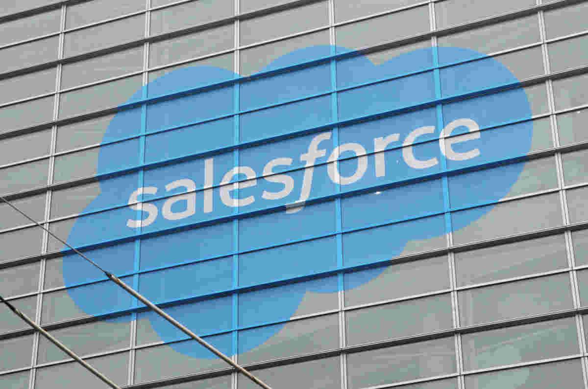 Salesforce将SNAPS UPING STARTMORE STAGINTICS