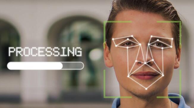 亚马逊延长对警察使用面部识别软件的禁令